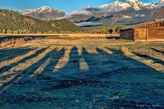 Shadows at sunrise (sandyb49) Tags: sunrise shadows grandtetonnationalpark mormonrow moultonbarn sandybohlken
