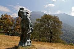 Val d'Aosta - Valle di Gressoney: Perloz, Chemp: Vento portami via (mariagraziaschiapparelli) Tags: valdaosta valledigressoney allegrisinasceosidiventa chemp perloz villaggio frazione camminata escursionismo angelobettoni montagna mountain artista