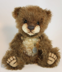 """Chestnut - 9.75"""" Mohair Bear (thepeachpeddler) Tags: the peach peddler thepeachpeddler peddlar bears ooak one kind handsewn artist bear cub helmbold chestnut brown mohair s curl cream tipped steiff schulte insets ultrasuede paw paws sculted toes embroidered nose sealed with beeswax weighted handmade creation christie chris kotz"""