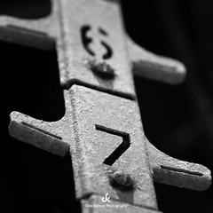 67 (Dez Karpati Photography) Tags: dezkarpati hungarian magyar photo foto photography fotografy photographer photoartis famous art fineartphotography bw blackandwhite monochrome 67 gaspump oil old americana rusted rustic retro antique