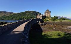 Ecosse - Scotland - Eilean Donan Castle (AlCapitol) Tags: ecosse scotland eileandonancastle chteau pont bridge nikon d800 loch lac lake lochduich