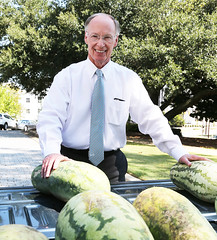 08-27-2015 Governor shares watermelon bounty at Capitol
