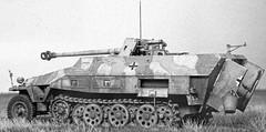 Sd.Kfz. 251/22 7,5 cm PaK 40 L/46 auf Mittlerer Schützenpanzerwagen L/46 auf Mittlerer Schützenpanzerwagen