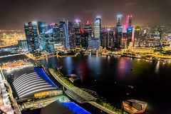 Metropolis (*Capture the Moment*) Tags: panorama water reflections singapore wasser nightshot harbour cbd hafen fullerton reflexion singapur birdsview vogelperspektive 2015 onefullerton nachtaufnahmen elemente panoramablick marinabaysands sg50 fullertonbayhotel skyparkmbs artsciencemusum