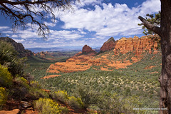 Framed landscape (doveoggi) Tags: travel trees arizona landscape outdoors sedona destination redrocks buttes coconinonationalforest schneblyhill 9812