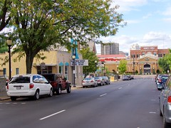 Monmouth Street (Travis Estell) Tags: kentucky brio newport barnesandnoble newportonthelevee monmouthstreet northernkentucky nky briotuscangrill