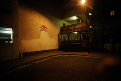 London (somekeepsakes) Tags: uk streetart london film night analog dark lomo europa europe nacht spaceinvader analogue dunkel 2011 dmparadies400 lcwide
