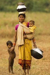 Baiga woman with childen (wietsej) Tags: baiga woman with childen maikal hills chhattisgarh india rural tribal sonydslra100 sonysal135f18