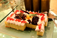 IMG_2393 (JoChoo) Tags: food dessert desserts foodporn ppl dessertbar dessertcounter