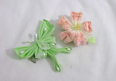 DSCF6196 (EruwaedhielElleth) Tags: flowers flower hair handmade fabric hana accessory tsumami kanzashi zaiku imlothmelui