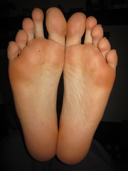 IMG_0378 (bengun5) Tags: male soles feet toes fetish foot