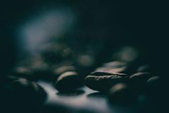 in den Tiefen einer Kaffeewelt (simonpe86) Tags: kaffee dunkel backlight mysterious mysteris makro dark hintergrund bean macromonday backlit bohne background coffee macro mysteris