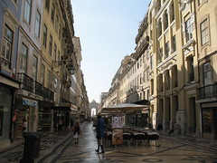 Rua Augusta (kpmst7) Tags: 2016 portugal europe iberia lisbon lisboa westerneurope southerneurope baixa street cobblestone nationalcapital