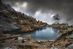 Trecolpas Lake (Kayschwa) Tags: ngc alpes maritimes french lac trécolpas automne jaune orange nuages brume brouillard pose longue nikon d7200 france boréon saintmartinvésubie gris concordians