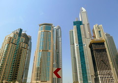"""On the drive to """"The Beach"""" (oobwoodman) Tags: dubai uae thebeach jumeirah skyscrapers wolkenkratzer gratteciel architecture"""