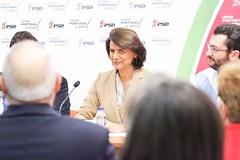 Teresa Morais na sede PSD Amadora