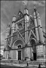 Il Duomo, Orvietto. (MarioVolpi) Tags: duomo orvietto chapell church italia italy iglesia igreja bn bw