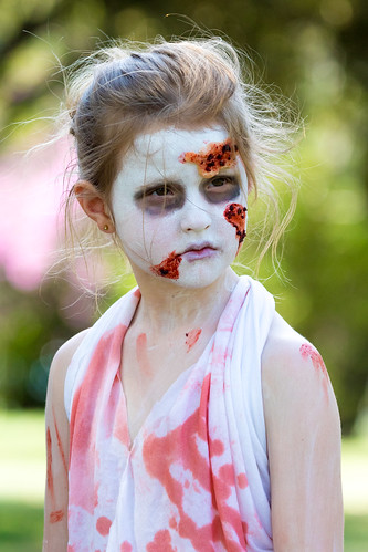 zombie walk (1 of 1)-6