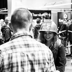 Hardtack (jptoivon) Tags: olut dlux leica messut syksy 2016 expo helsinki viini suomi fi helmet woman girl female smile finland