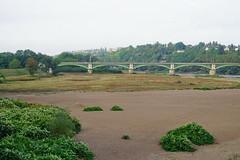 Nevers Loire 16.9.2016 4040 (orangevolvobusdriver4u) Tags: nevers rn7 route national 7 routenational7 routebleue 2016 archiv2016 france frankreich n7 brücke bridge ironbridge eisenbrücke loire river fluss