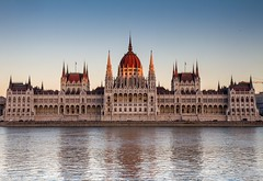 Hungarian Parliamentary Building (TimeTraveller37) Tags: iphoneography iphone6s iphone flickrtravelaward europe riverdanube danube travel availablelight canon canon7d sunset budapest hungarianparliamentarybuilding hungarian hungary architecture inexplore