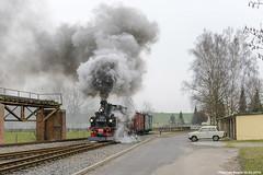 Dllnitzbahn (2/4) - DR 99 1574-5, 05-03-2016 (Paul van Baarle) Tags: dllnitzbahn dbg dr deutsche reichsbahn duitsland deutschland germany ostalgie ddr glossen oschatz mgeln wilderrobert smalspoor schmalspur narrowgauge 9915745 saxony sachsen saksen nikon d800 meyer schsischeivk trein train treno zug goederen goederentrein freight cargo bimmelbahn schmalspurbahn stoom stoomloc loc locomotive lokomotief steam dampf vapeur steamlocomotive stoomtrein museum heritage vintage klassiek classic historie history nostalgie dllnitz trabant trabi hartmann