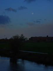 Faint Moon (Bricheno) Tags: dalmarnock bricheno river glasgow clyde reflections riverclyde scotland szkocja scozia scoia schottland cosse escocia esccia    bridge railway trees moon path