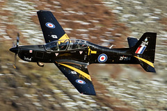 RAF Tucano, Thirlmere, 23/11/16 (TheSpur8) Tags: landlocked trainers aircraft date uk tucano lakedistrict lowlevel military skarbinski roughcrag 2016 anationality places transport