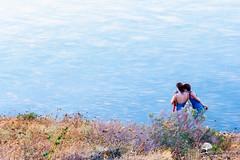 Complicit ... (photosenvrac) Tags: portrait mer bleu ambiance photovole thierryduchamp