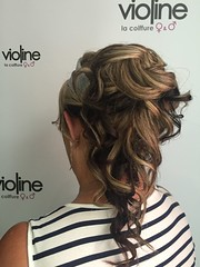 "Coiffure • <a style=""font-size:0.8em;"" href=""http://www.flickr.com/photos/115094117@N03/21199310709/"" target=""_blank"">View on Flickr</a>"