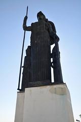 Gran estatua (vcastelo) Tags: madrid españa spain paisaje escultura estatua alto artes círculo terraza bellas