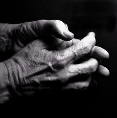 Hands 80/100 (Eric.Ray) Tags: white black digital canon eos hands dslr bodyparts selfie 365days 80365