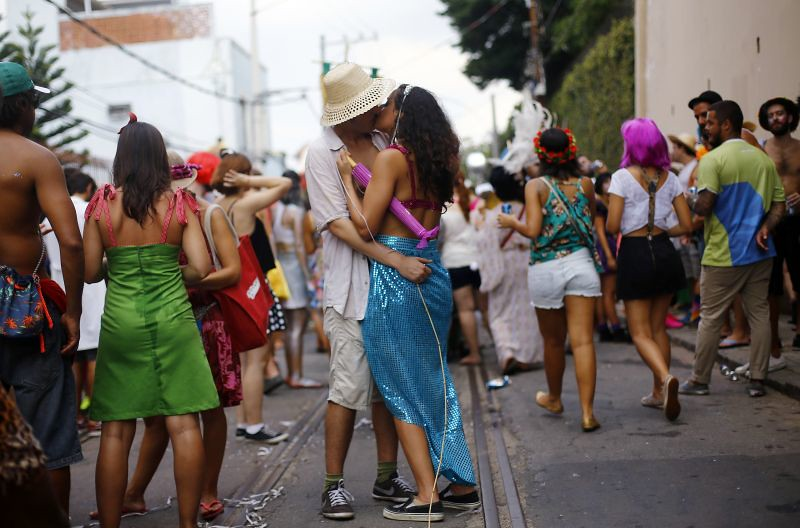 BRAZIL-CARNIVAL/KISSERS