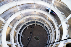 Round & round, Heathrow T3 (Sean Hartwell Photography) Tags: park car circle spiral concrete airport ramp heathrow parking terminal3 modernarchitecture lhr 1122mm canoneosm3