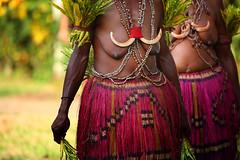 dancers at Bilbil village near Madang (puuuuuuuuce) Tags: dancers papuanewguinea madang bilbil