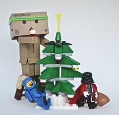 Christmas Tree check! (Damien Saint-) Tags: toy starwars amazon lego vinyl yotsuba danbo darkvador revoltech nendoroid danboard