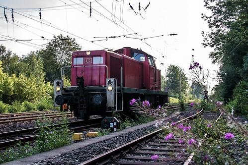 17.07.2006 Gelsenkirchen Bismarck. BÜ Reckfeldstrasse. DB 294 391 setzt um