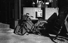 Get Cycling (munkt0n) Tags: m6 bicycle leicasummicron35mmf20asph ilford film hp5