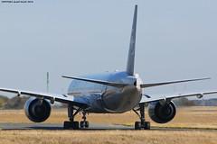 CDG Spotting Air France SkyTeam Boeing B777-328ER F-GZNN (AlainG) Tags: plane avion cdg charledegaulle airport aeroport spotting boeingb777 airfrance taxiway skyteamlivery fgznn canon5dmarkiii liner aviation b777328er iledefrance france