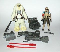 moroff vs scarif stormtrooper squad leader star wars rogue one 2 pack basic action figures 2016 hasbro a (tjparkside) Tags: moroff vs scarif stormtrooper squad leader star wars rogue one 2 pack basic action figures 2016 hasbro misb 1 r1 375 inch 5poa figure disney studio effects ap app blaster rifle weapon weapons gigoran mercenary heavy gun gunner guns sw two imperial military headquarters shoretrooper shoretroopers stormtroopers specialist beaches bunkers planetary facility dual projectile launcher