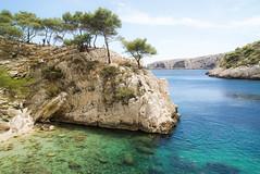 Sugiton II (Josu Godoy) Tags: sea island isla ile mer mar mediterranean mediterranee mediterraneo plage playa beach blue french riviera costa azul cote dazur turquoise turquesa calanques marseille