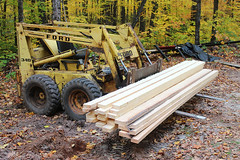 Fresh Cut Results (view2share) Tags: october152016 october october2016 2016 fall fallcolor autumn woods wood work northwoods northwood camp skidsteer machine saw mill sawmill sawmilling forest deansauvola upperpeninsula uppermichigan michigan mi woodlandmills hm130 bandsaw bandmill portablesawmill log logs lumber ford cl340 loader skidloader leaves leaf timber