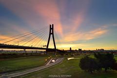 (szintzhen) Tags:       sky sunset sunglow bridge newtaipeicity taiwan
