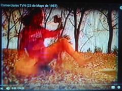 Comercial Coma Pollo (1987) (hernnpatriciovegaberardi (1)) Tags: comercial coma pollo el trozo delicioso tvn televisin nacional de chile 1987 tierna chica piernas rodillas