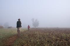 Maikal hills - Chhattisgarh - India (wietsej) Tags: maikal hills chhattisgarh india fog mistpeople tribal rural village sonydslra700 tamronspaf1750mmf28xrdiiildaspif a700