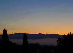 Fog at dawn (Hlne_D) Tags: hlned france provencealpesctedazur provence paca alpesdehauteprovence ahp manosque alpes alps montagne mountain leverdesoleil sunrise aube dawn cloud nuage fog brouillard photohdr hdr hdrpicture photoshop
