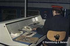 München S-Bahn Verkehr nach der Eröffnung 1972 (Pacific11) Tags: train track railway railroad sbahn münchen tunnel betrieb traffic ostbahnhof zugabfertigung stromabnehmer