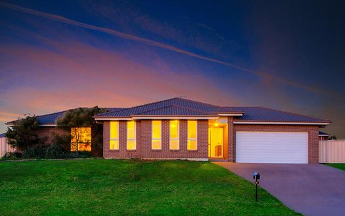25 Blackley Ave, Raworth NSW 2321