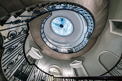 Spiral Delight (Sean Batten) Tags: nelsonstaircase somersethouse london england unitedkingdom gb nikon d800 1424 spiral stairs