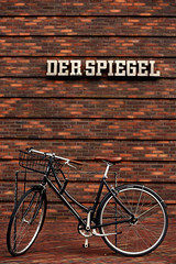 Der Spiegel (Alessandro Ghersi) Tags: pattern touristattraction line newspaper bike background derspiegel bycicle office hamburg urban wall bricks city magazin germany architecture work de